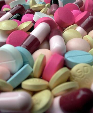 pills-tablets-2-1524560
